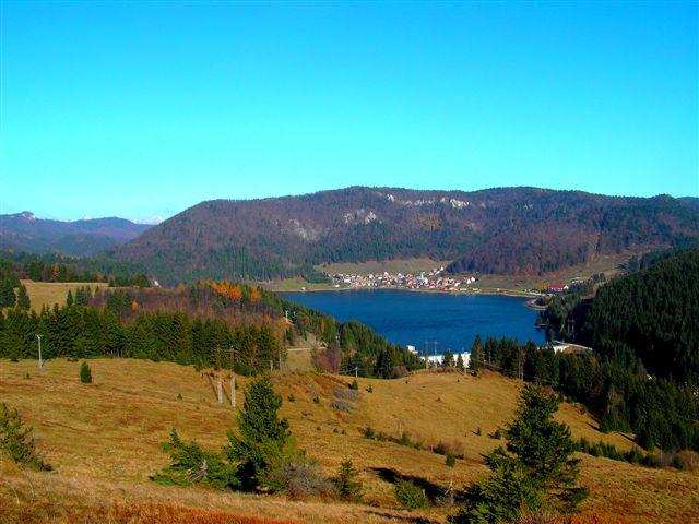 Pohľad z Gúgla smerom na Dedinky a Geravy
